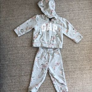 18-24 mos. Baby Gap floral jogging suit